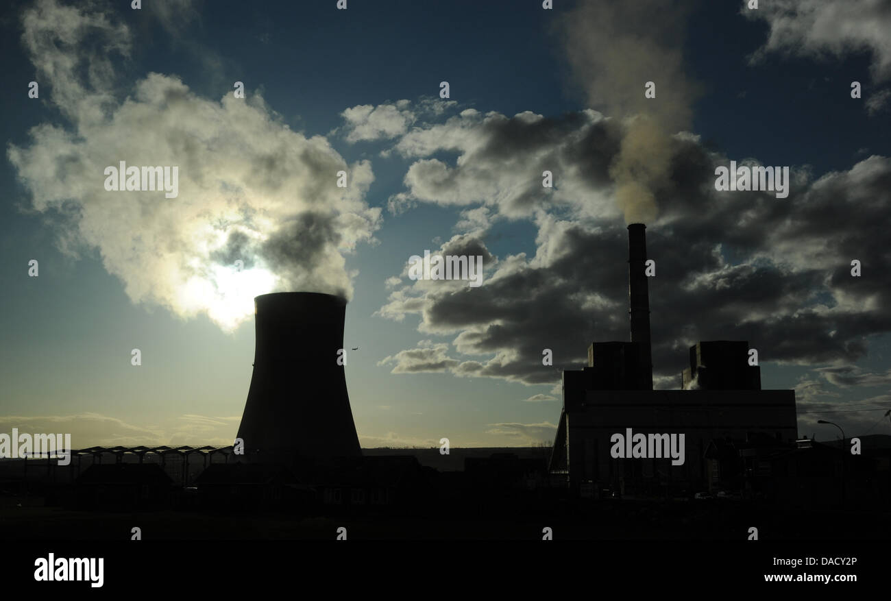 The brown coal power station Kosova B and its adjacent coal power plant A supply energy to the whole country in - Stock Image