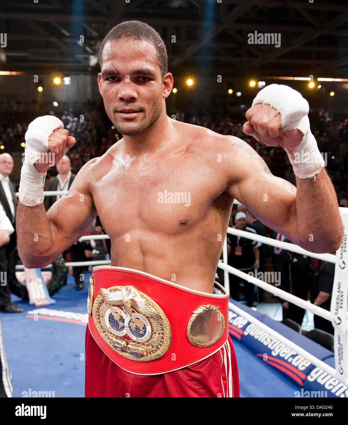 Cuban boxer Yoan Pablo Hernandez cheers after the IBF Cruiserweight World Championship-fight against US boxer Steve - Stock Image