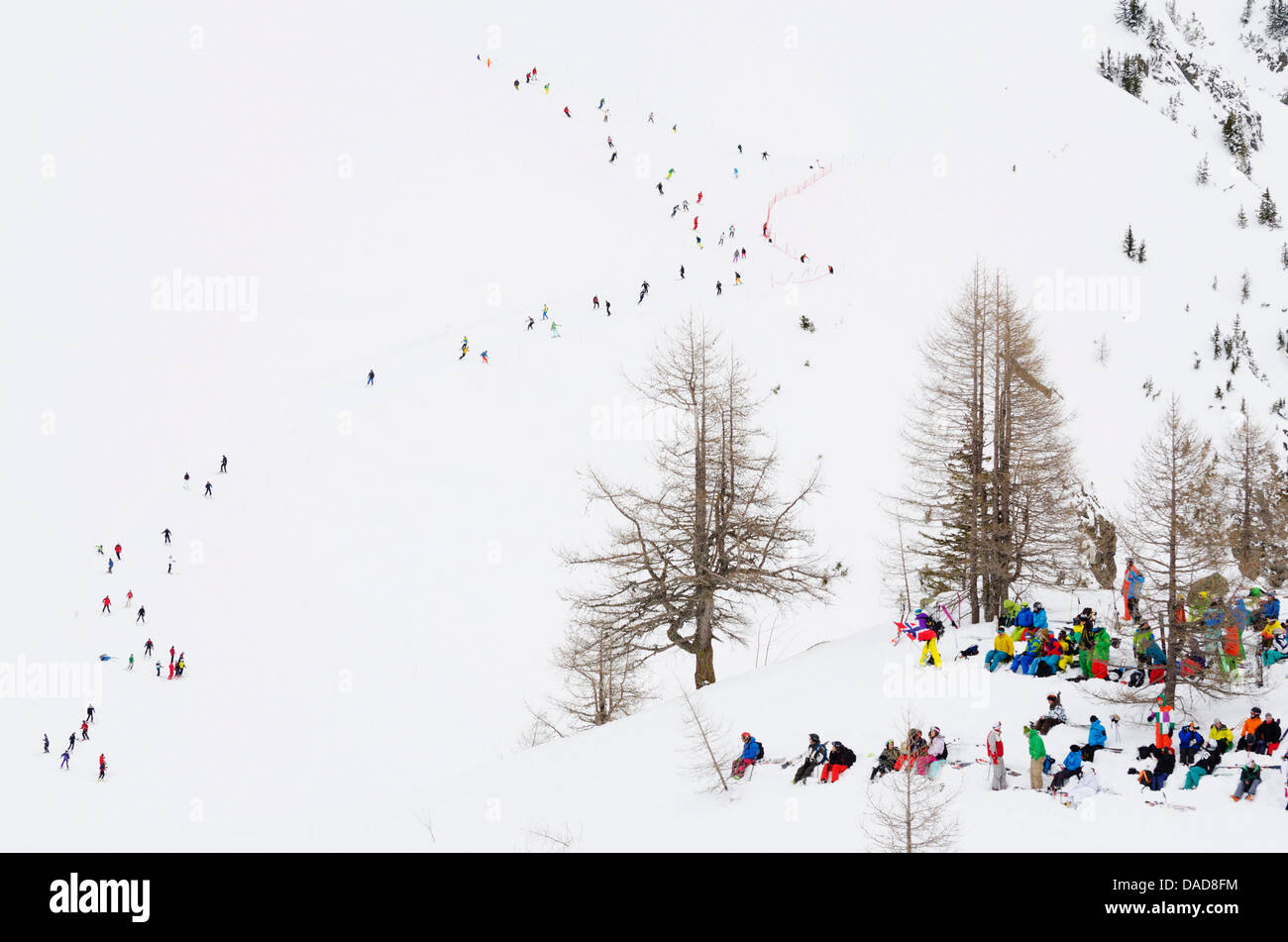 Crowded piste, Brevant ski area, Chamonix, Haute-Savoie, French Alps, France, Europe - Stock Image