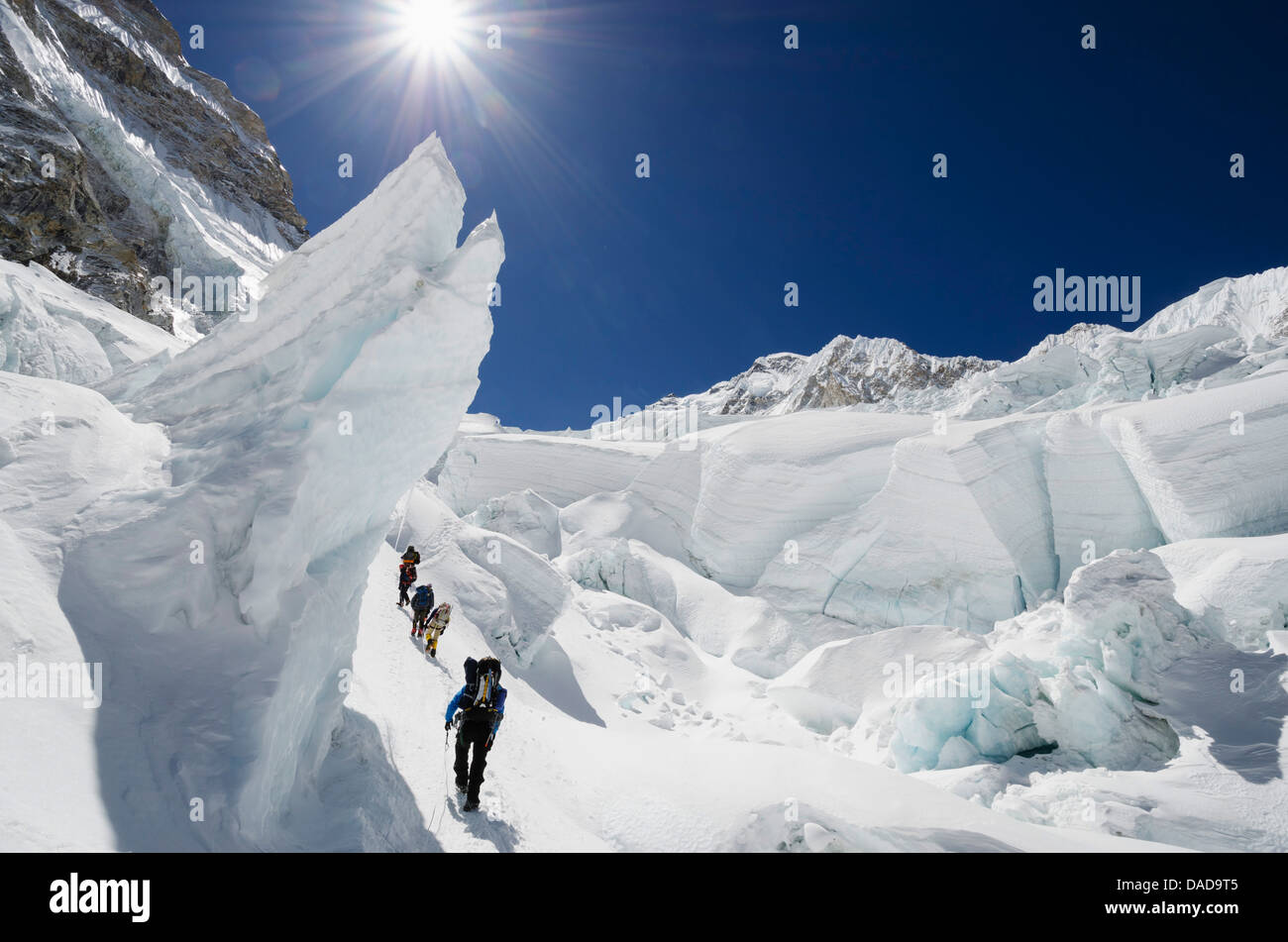 Climbers in the Khumbu icefall, Mount Everest, Solu Khumbu Everest Region, Sagarmatha National Park, UNESCO Site, - Stock Image