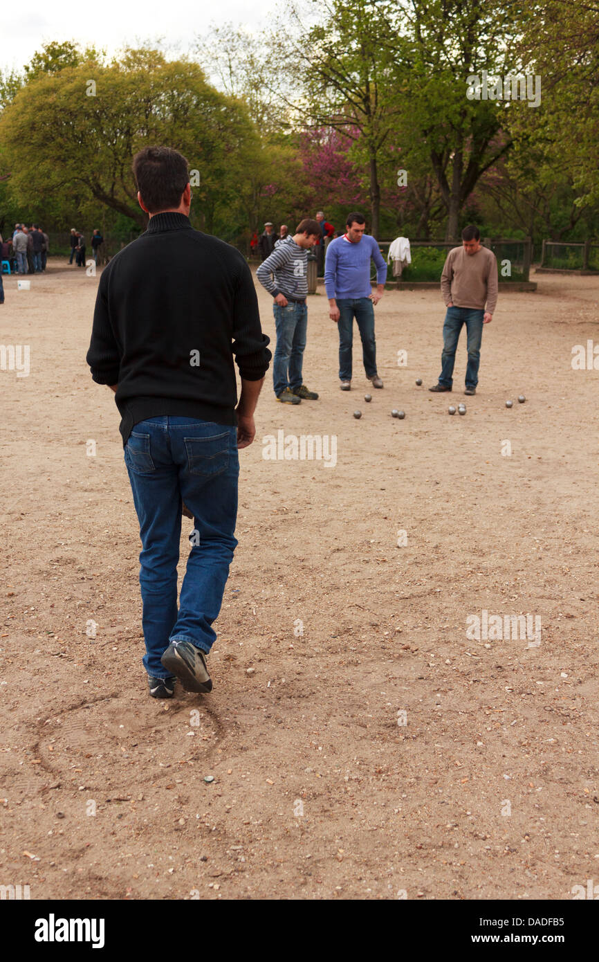 Boules– one of the most famous outdoor activities in Paris, France. - Stock Image