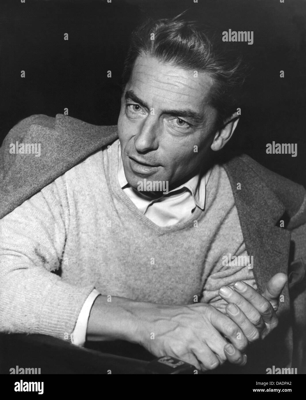 Der österreichische Dirigent Herbert von Karajan in einer undatierten Aufnahme. Von 1955 bis kurz vor seinem Tod Stock Photo