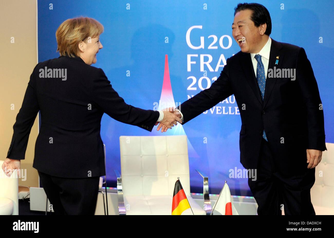 Bundeskanzlerin Angela Merkel (CDU) und Japans Premierminister Yoshihiko Noda begruessen sich am Freitag (04.11.11) - Stock Image