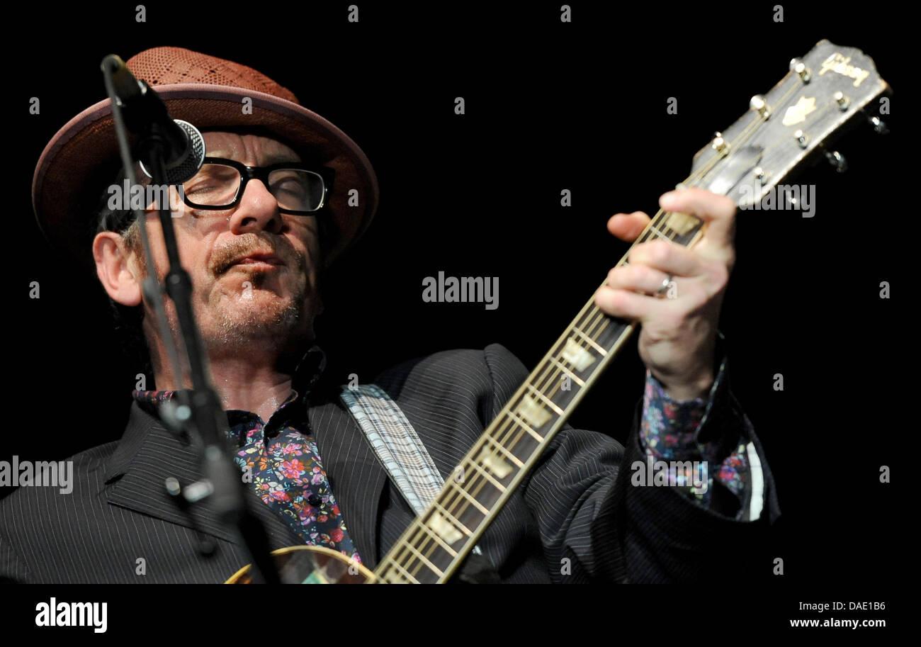 Elvis Costello Solo Tour