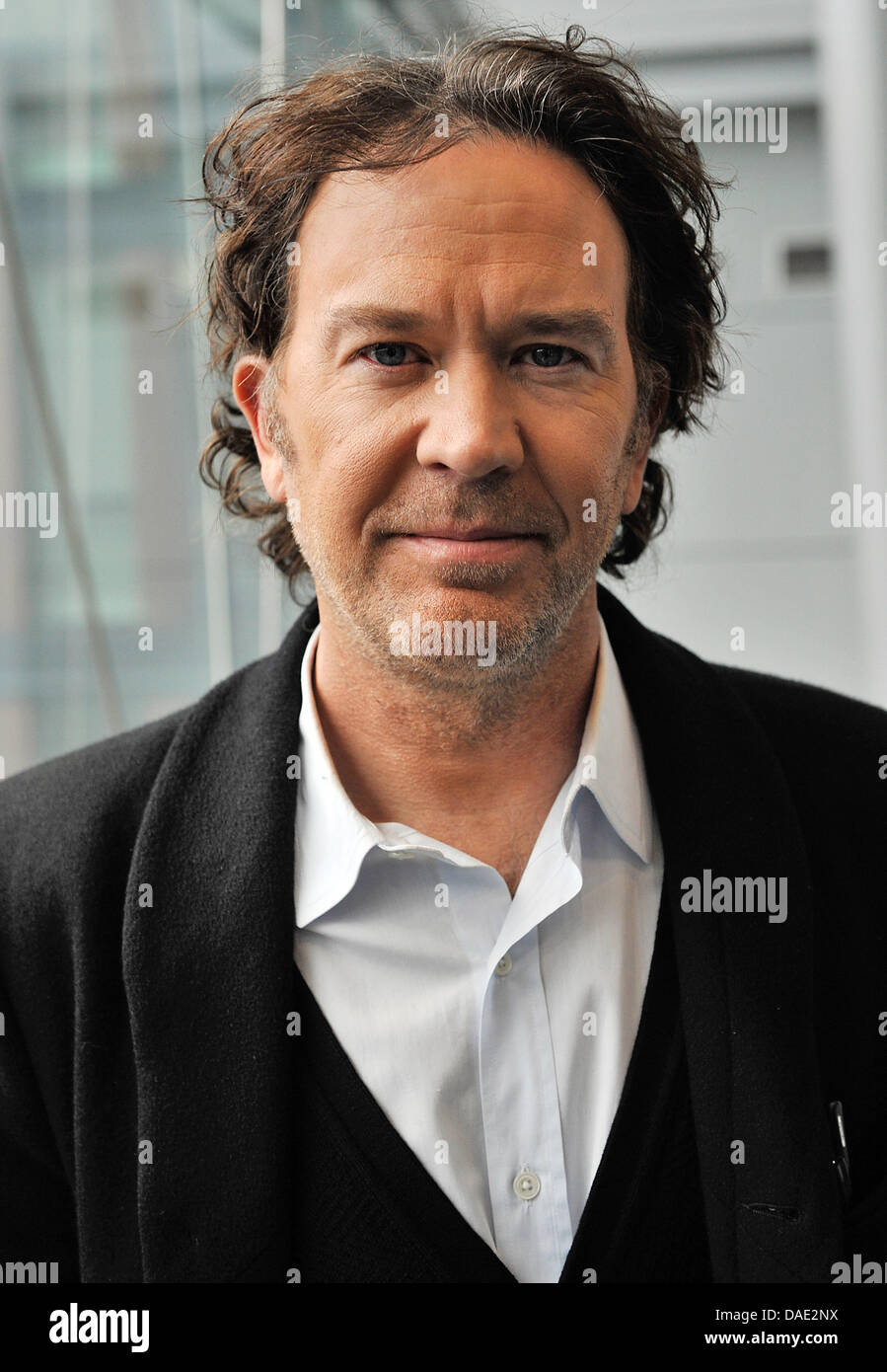 US actor Timothy Hutton presents the TV series 'Leverage' in Cologne, Germany, 10 November 2011. Hutton - Stock Image