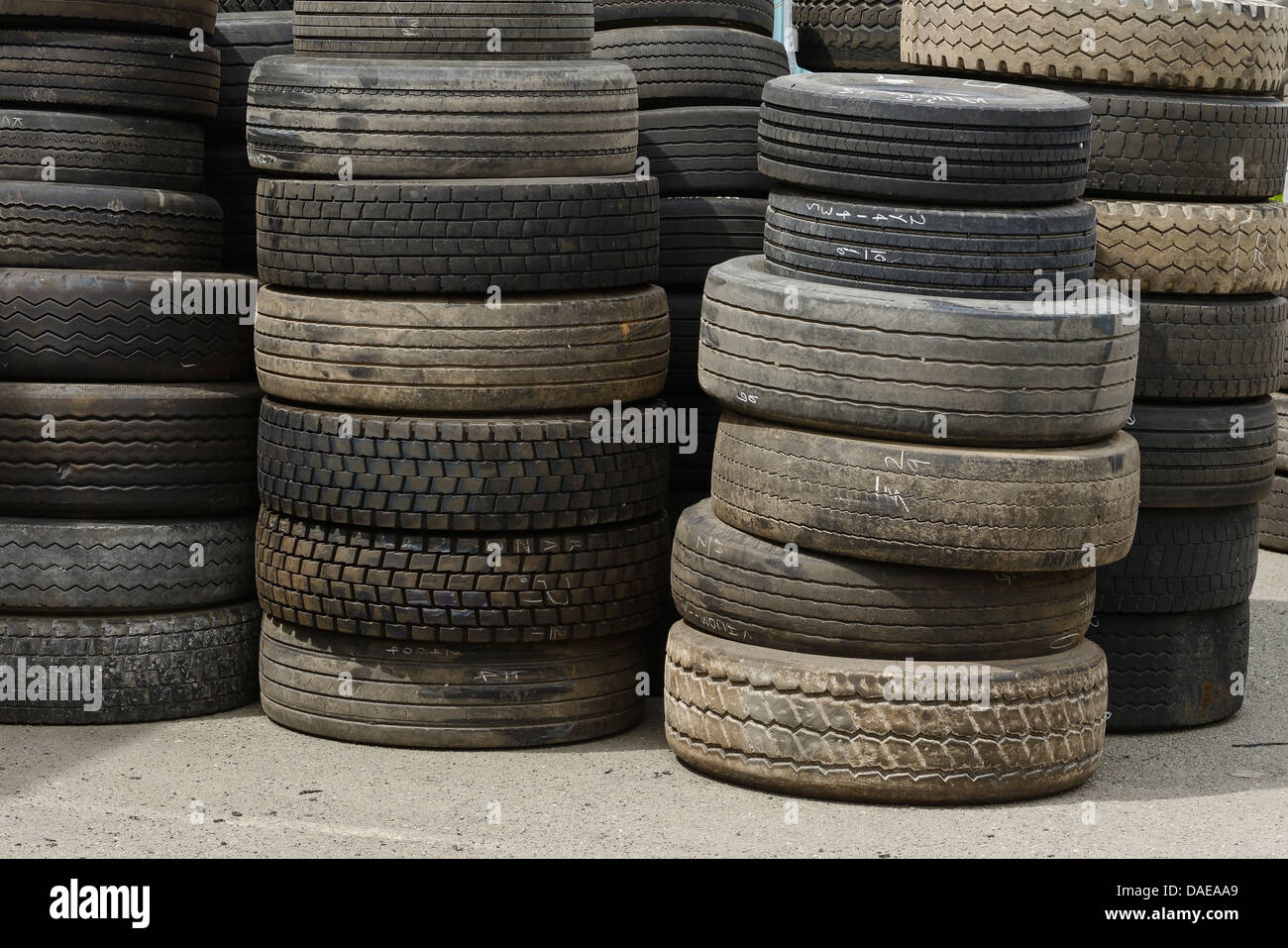 Piles of old tyres - Stock Image