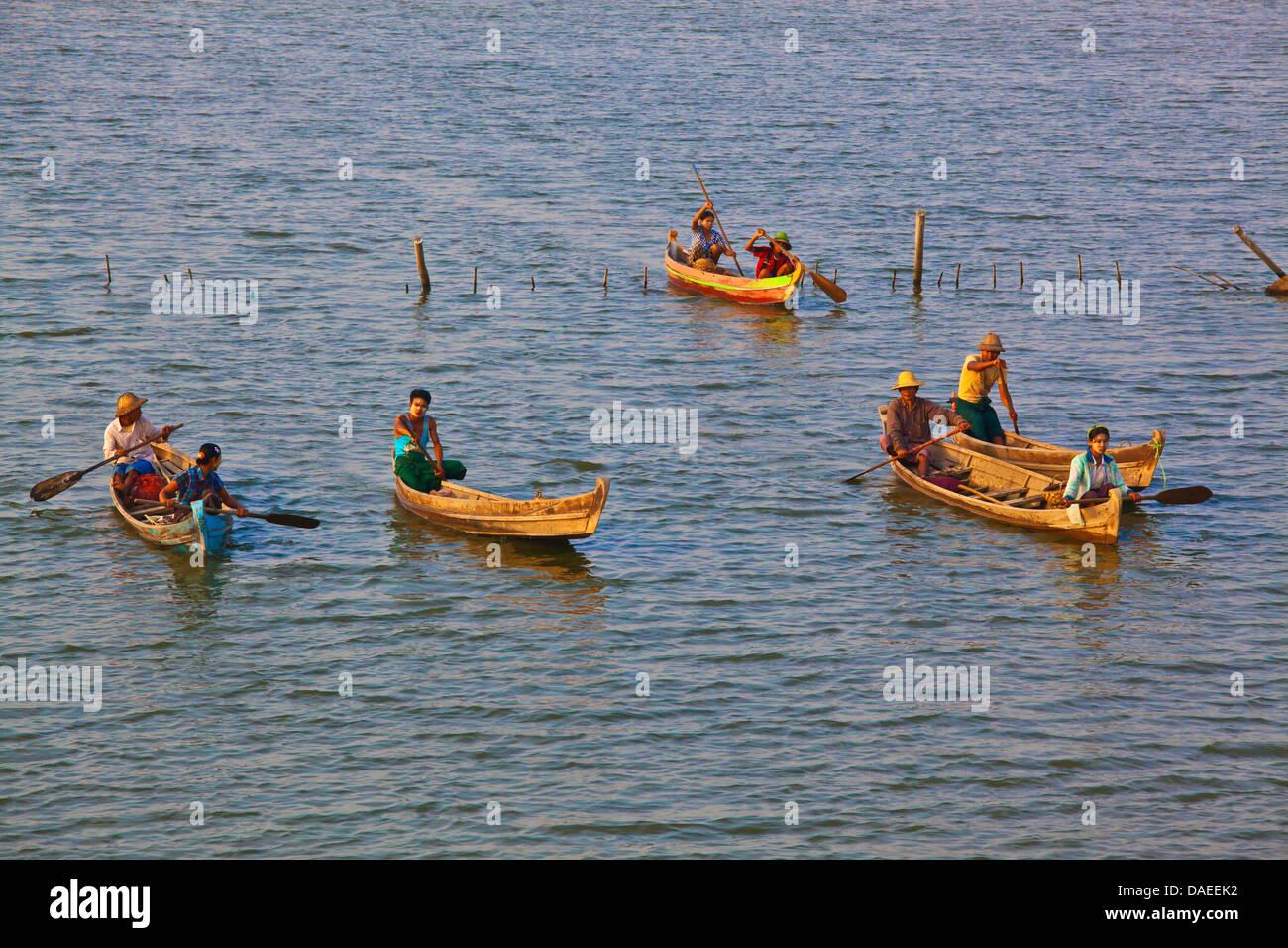 fischermen on Taungthaman Lake, Burma, Amarapura Stock Photo
