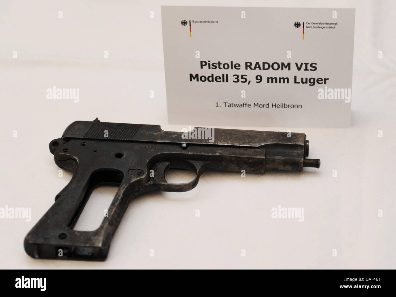 The Federal Prosecutor's office presents weapons found during the investigations into the far-right terrorist - Stock Image