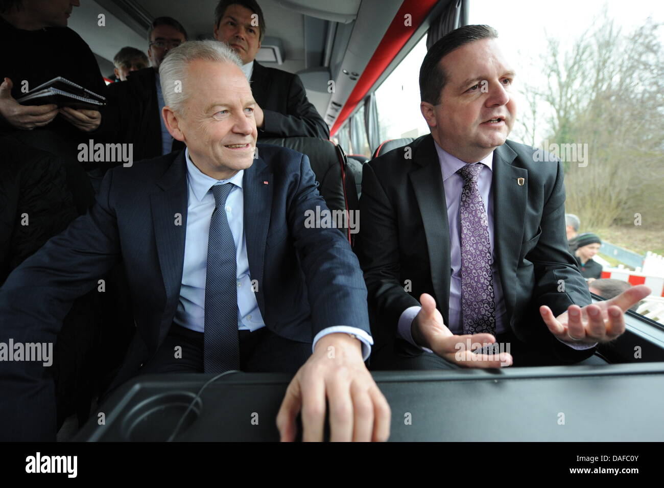 The chairman of the German Railway, Ruediger Grube (L), and Baden-Württemberg's Minister President - Stock Image