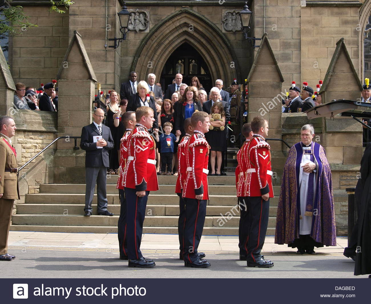 10 X Dagbed : Royal fusilier stock photos & royal fusilier stock images page 3