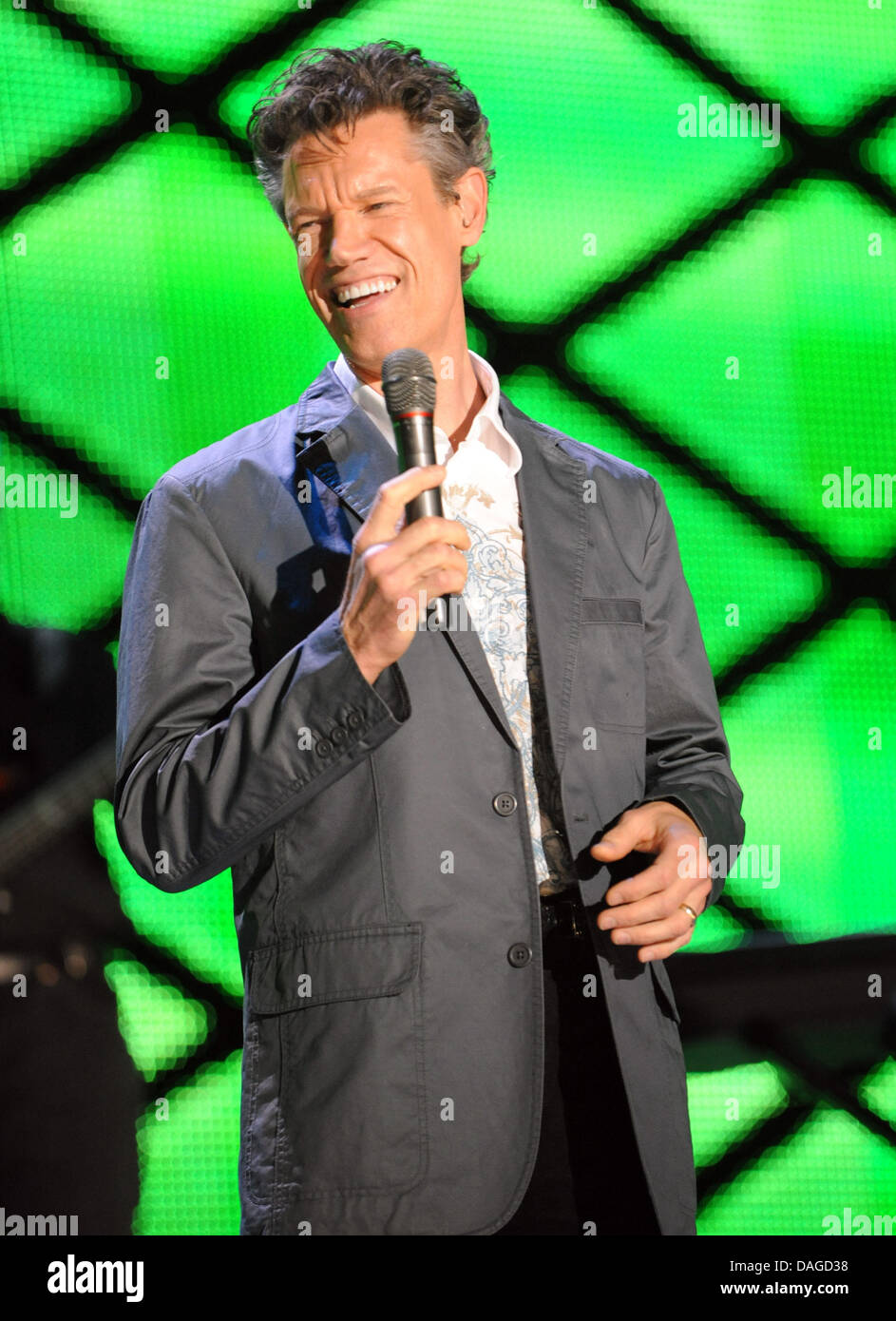 July 12, 2013 - FILE - Singer RANDY TRAVIS remains in critical condition after surgery Wednesday night to relieve - Stock Image