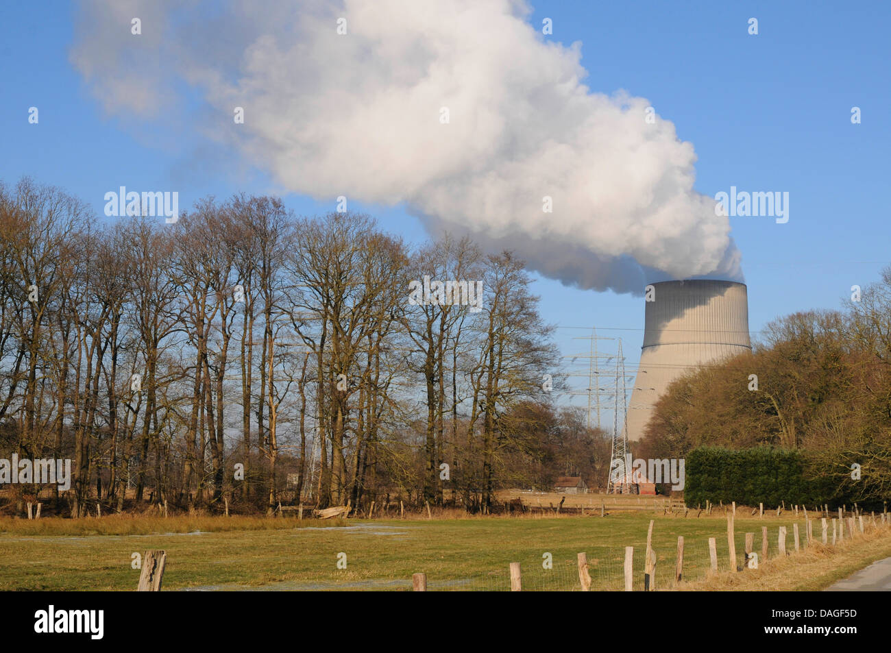 cooling tower of nuclear power station Lingen, Germany, Lower Saxony, Lingen - Stock Image
