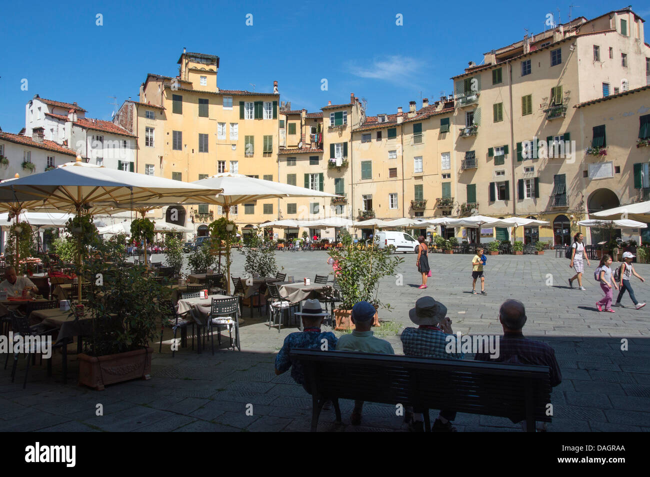 Piazza Anfiteatro, Lucca, Tuscany, Italy 2013 - Stock Image