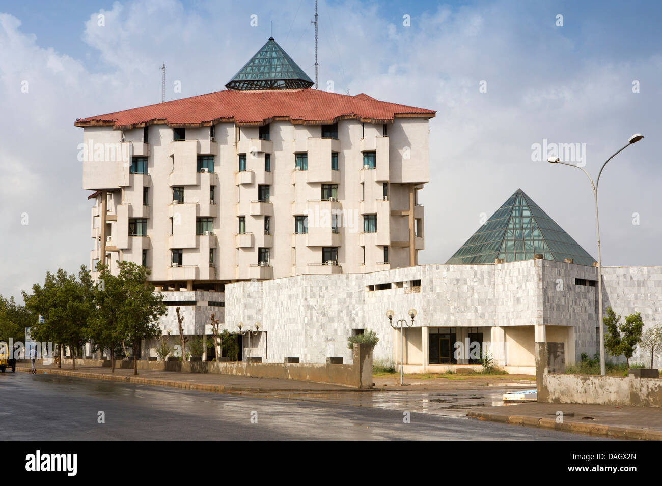 Africa, Eritrea, Massawa, Tualud, modern architecture of newly built housing development - Stock Image