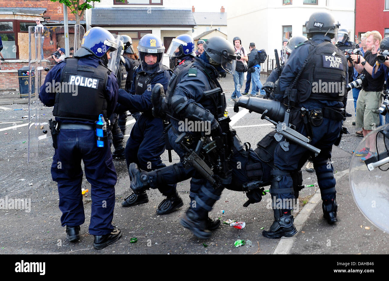 Belfast, UK. 12th July, 2013. A total 32 police were injured in what Chief Constable Matt Baggott described as 'shocking - Stock Image