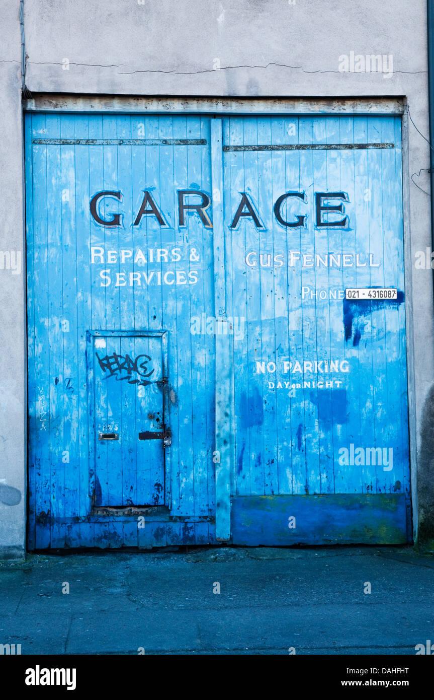 Garage Door Repairs Stock Photos Amp Garage Door Repairs