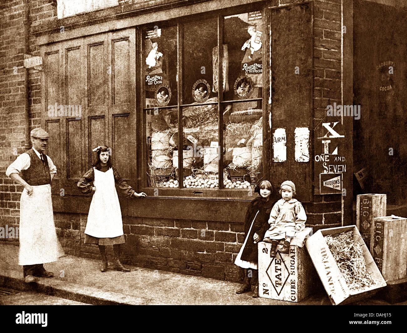 Corner Shop early 1900s - Stock Image