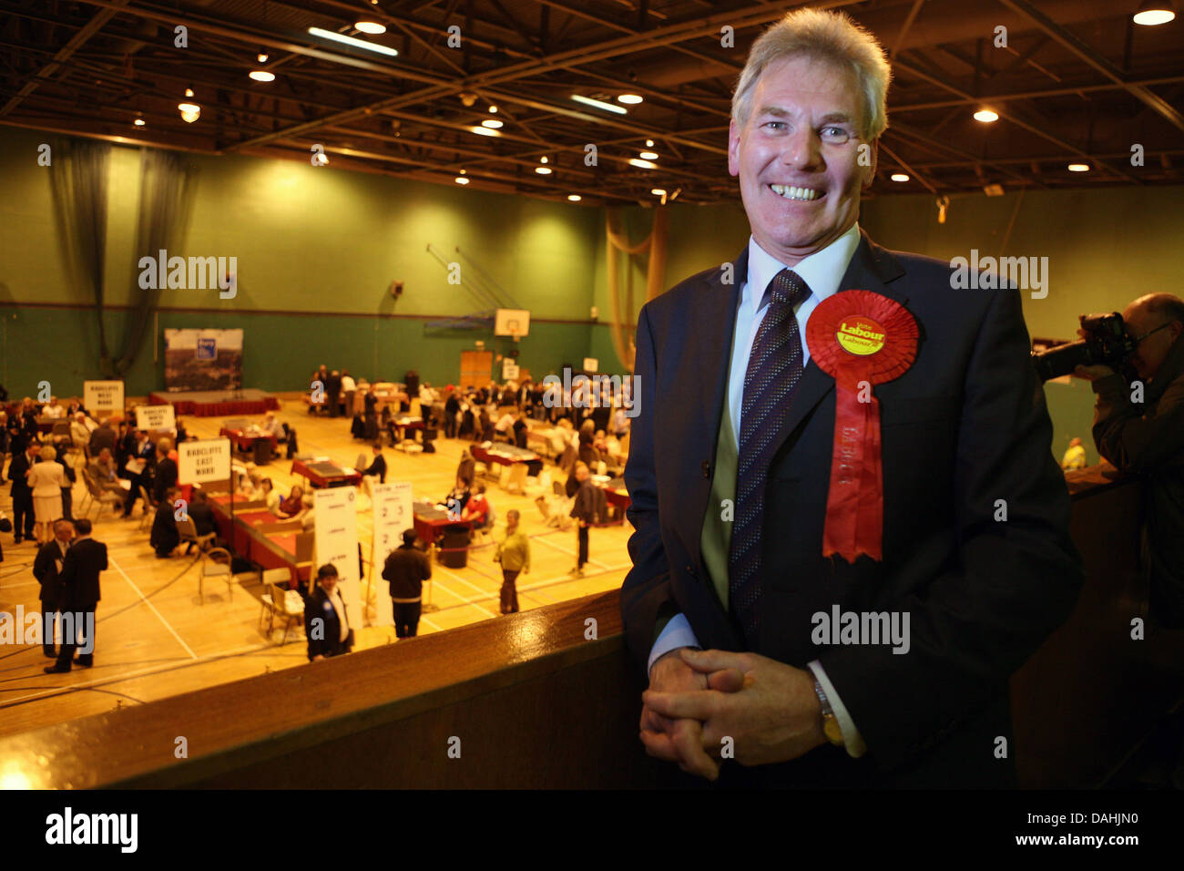 Local election night at Castle Leisure Centre, Bury. Labour MP for Bury North David Chaytor. Picture: Chris Bull - Stock Image