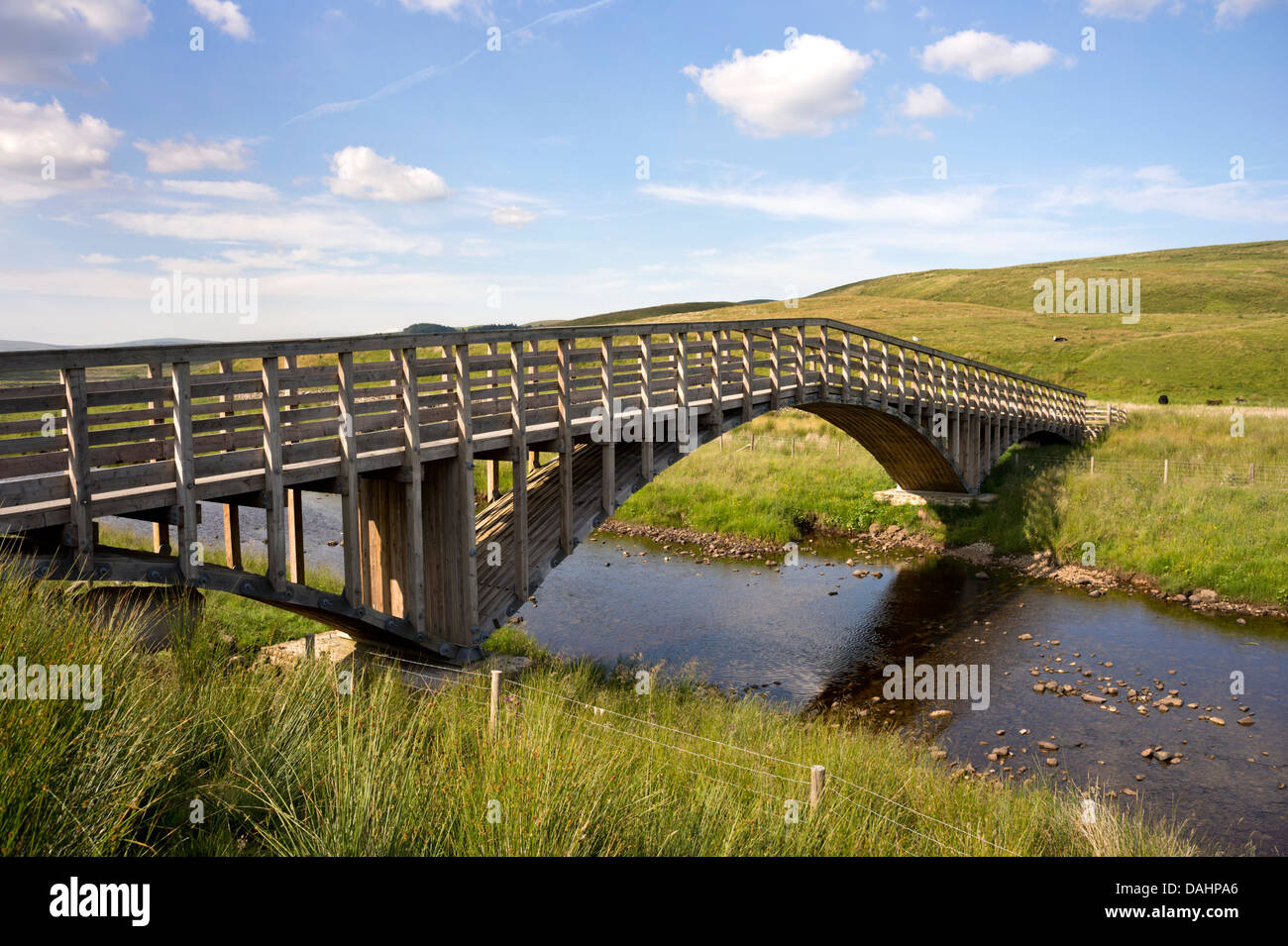 The award winning Far Moor Bridge over the River Ribble, , Selside, Ribblesdale, on The Pennine Bridleway National - Stock Image