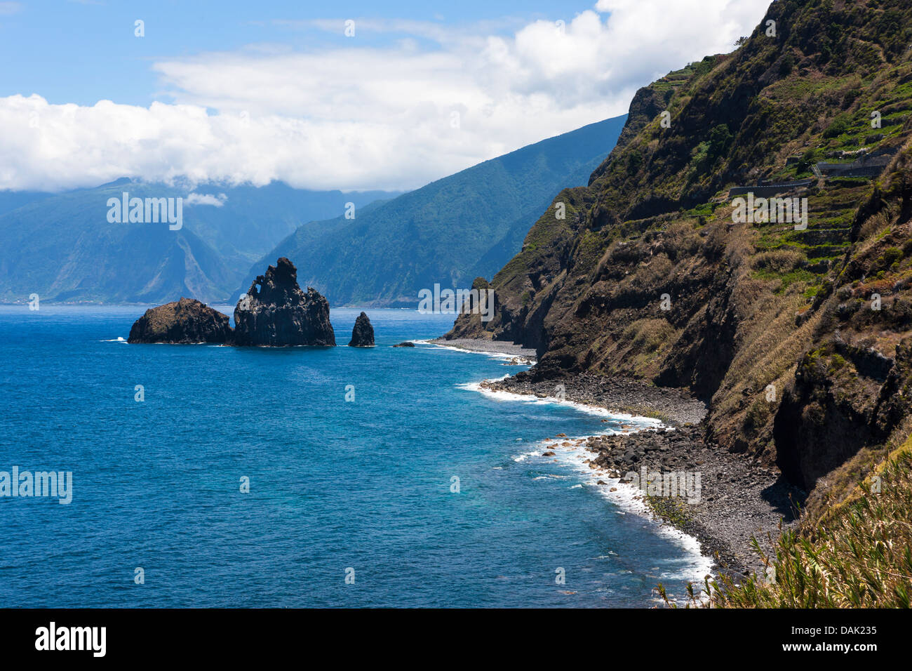 Portugal, View of rock formations at Ilheus da Rib - Stock Image