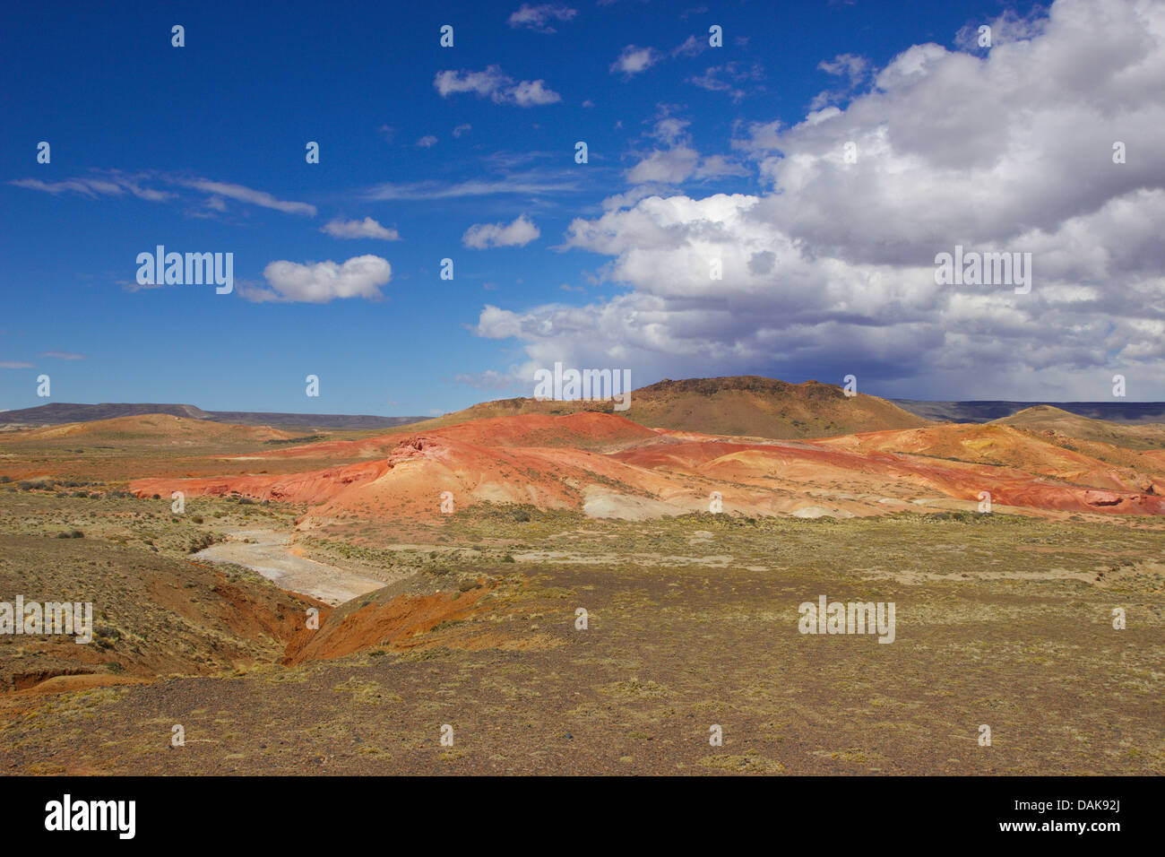 steppe landscape at Ruta 40 south of Perito Moreno, Argentina, Patagonia - Stock Image