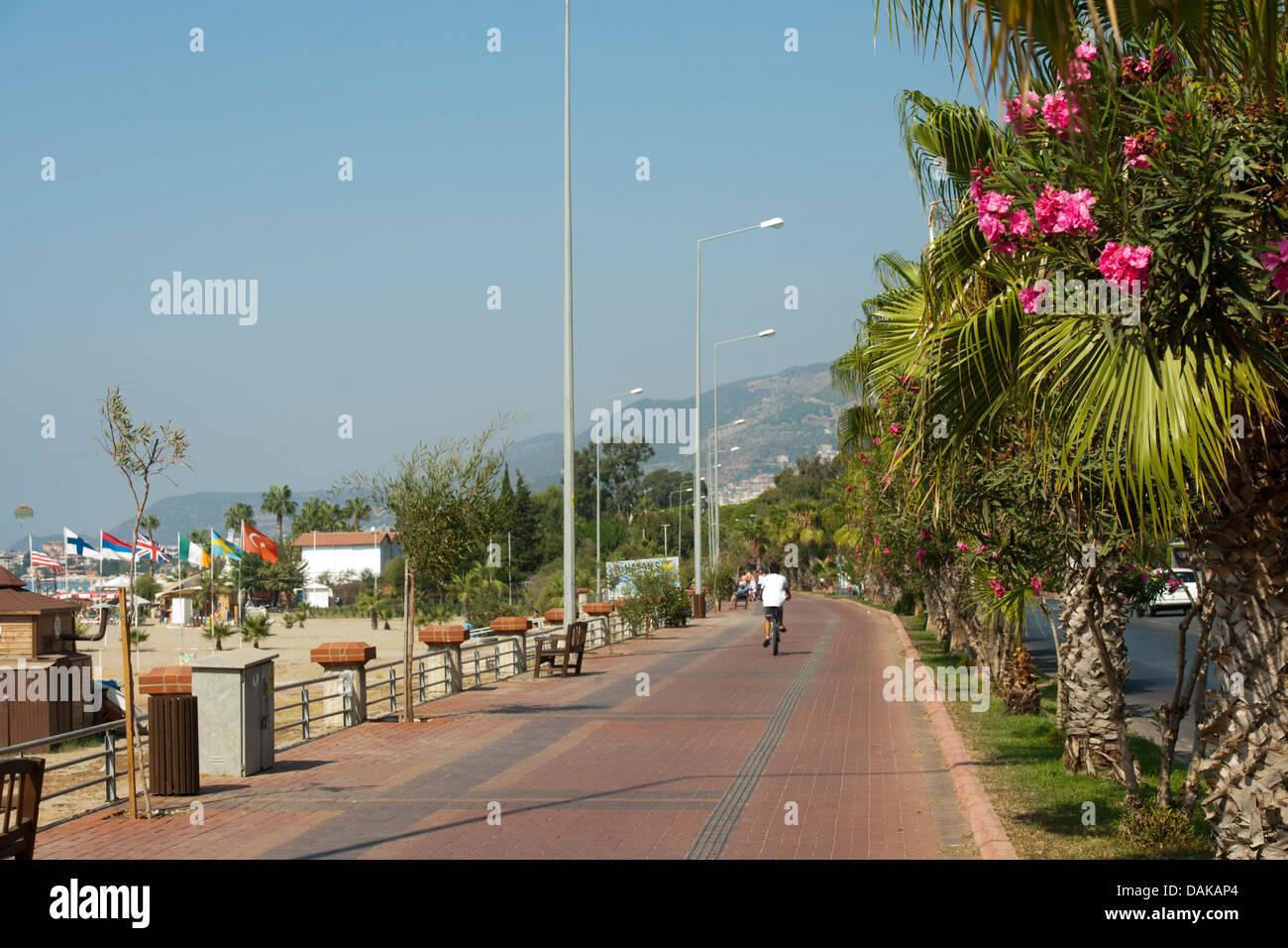 Türkei, Provinz Antalya, Alanya, Strandpromenade - Stock Image