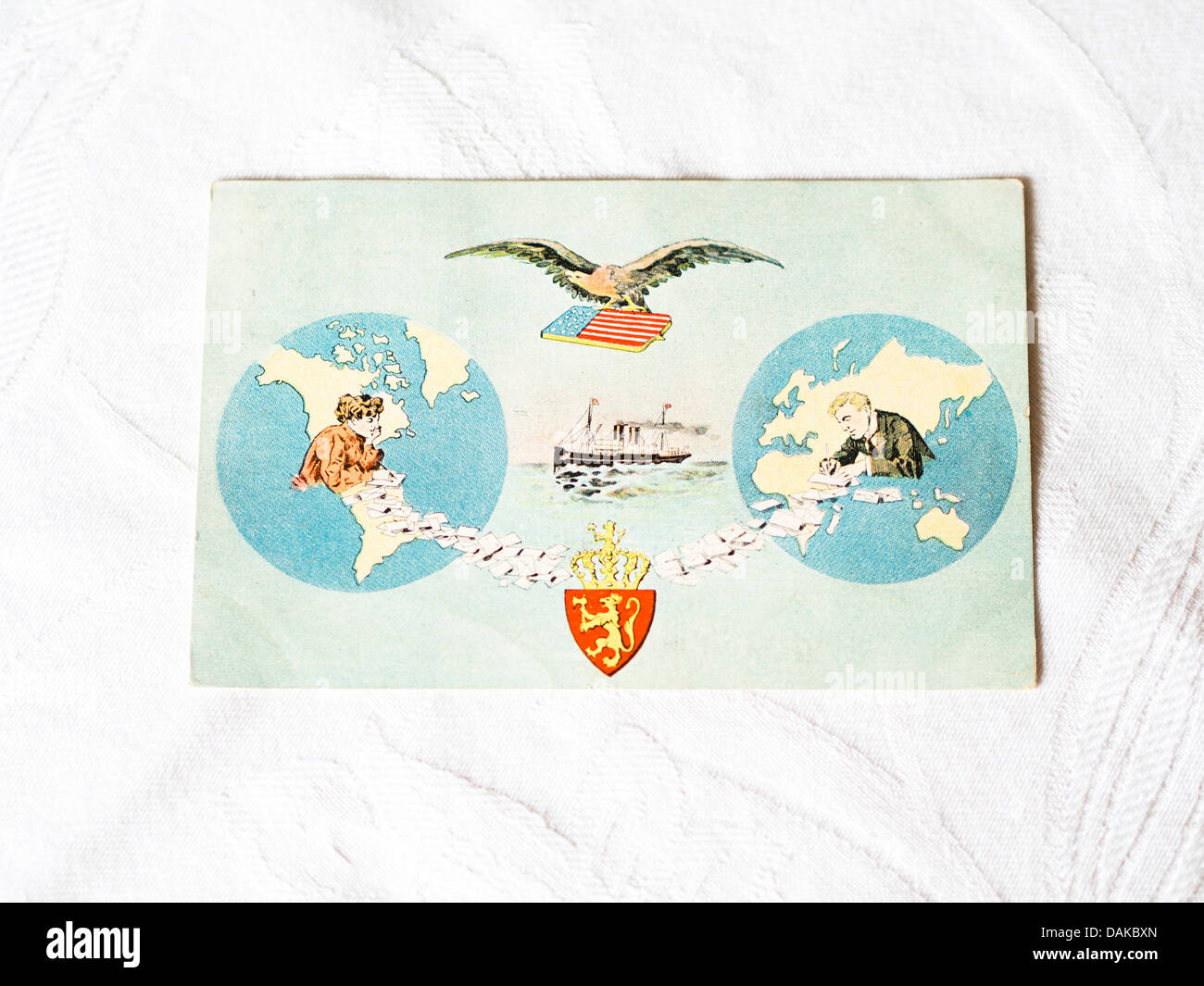 Vintage postcard depicting the contact between Europe ( Norway)  and USA and mail sent by steamer or air in wake - Stock Image