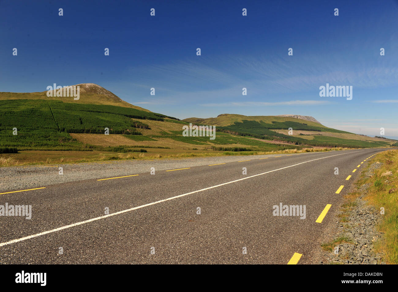Derryveagh Mountains and road to Dunlewey, County Donegal, Ireland. - Stock Image