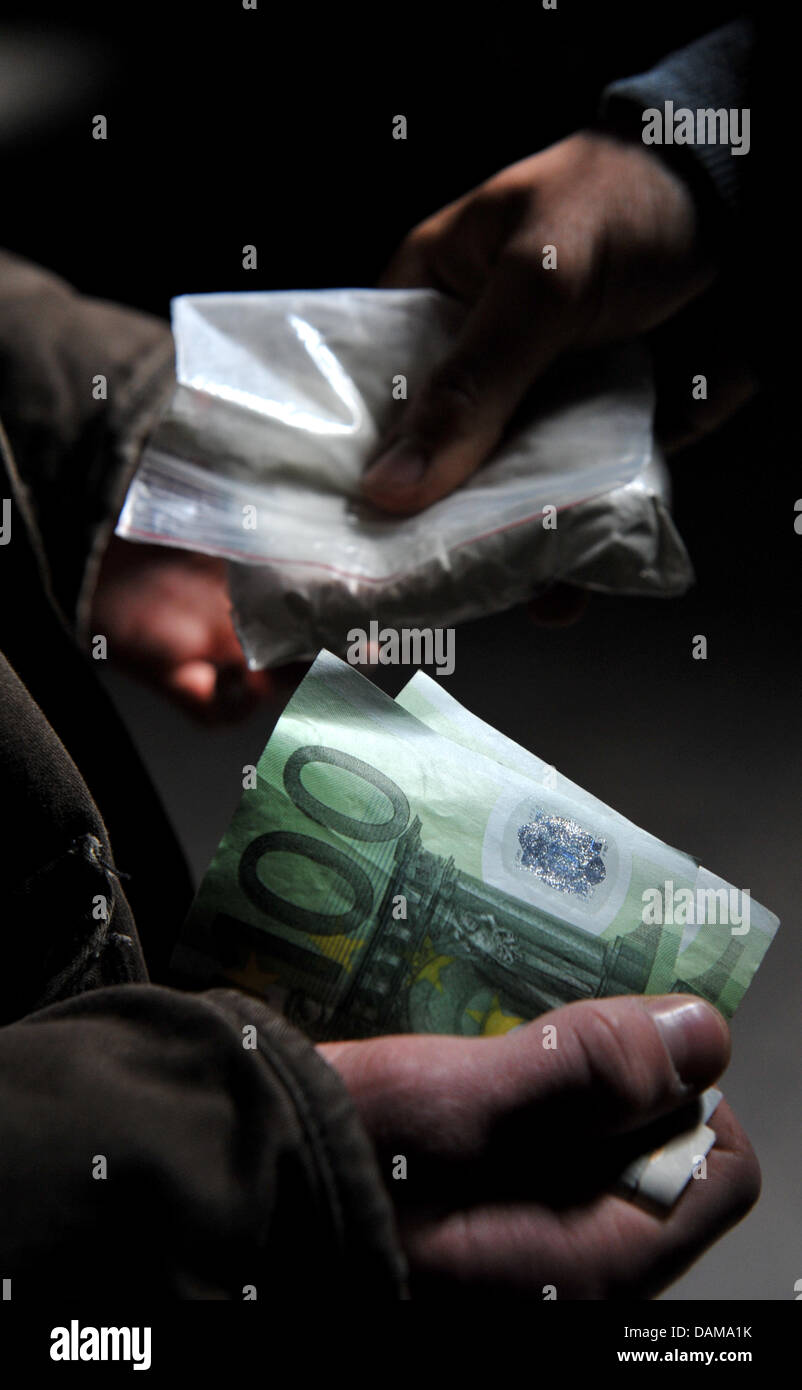 ILLUSTRATION  - The replicated scenario shows a drug dealer, pictured in Munich, Germany, 14 May 2011. Photo: - Stock Image