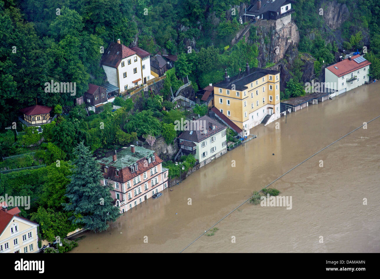 street B 12 at river danube flooded in June 2013, Germany, Bavaria, Passau - Stock Image