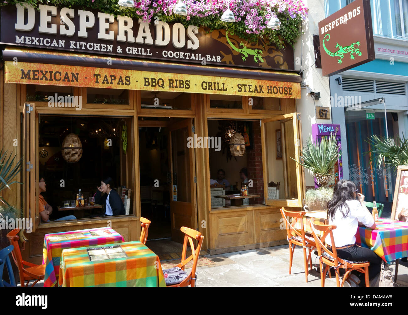 Desperados Mexican Restaurant And Bar Upper Street Islington Stock Photo Alamy