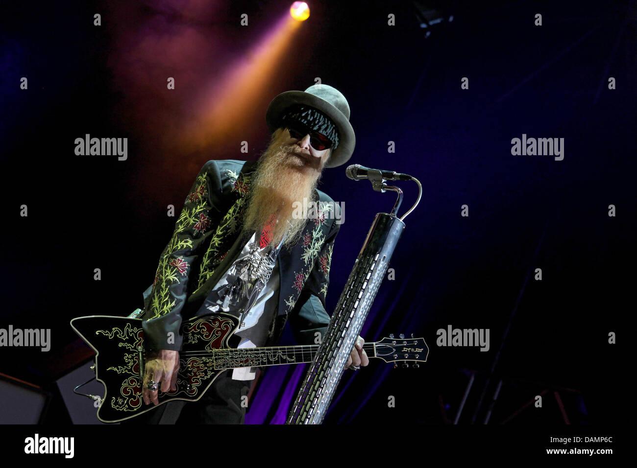 American rocker Gibbons Billy