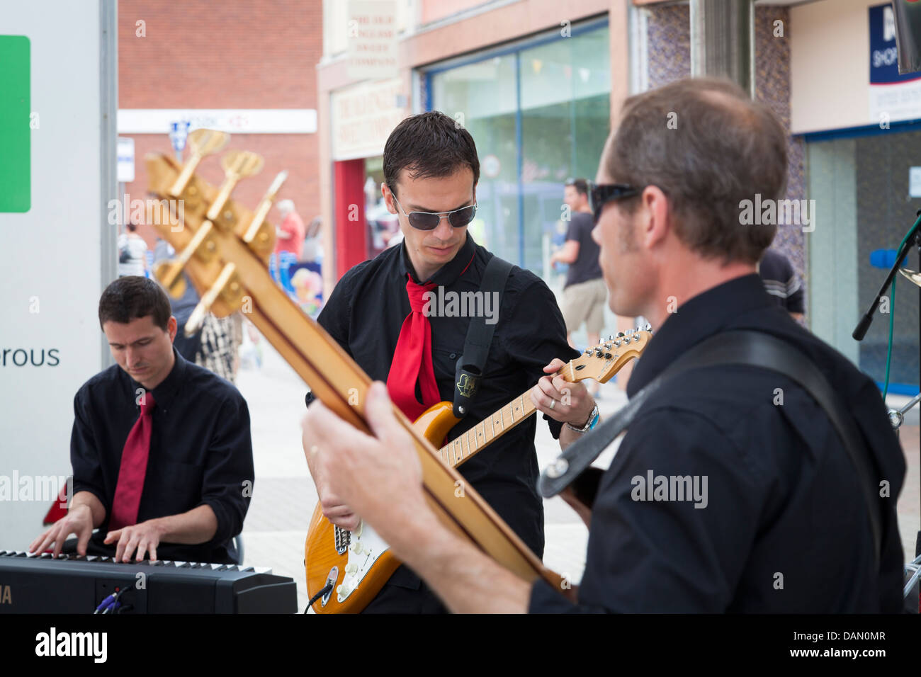 musical group guitarist and keyboards player - Stock Image