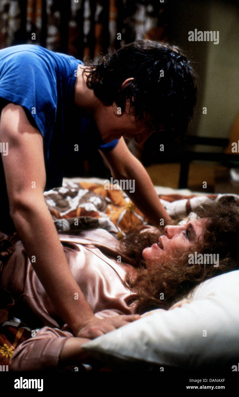 CLASS (1983) ANDREW MCCARTHY, JACQUELINE BISSET, LEWIS JOHN CARLINO (DIR) CLS 004 MOVIESTORE COLLECTION LTD - Stock Image