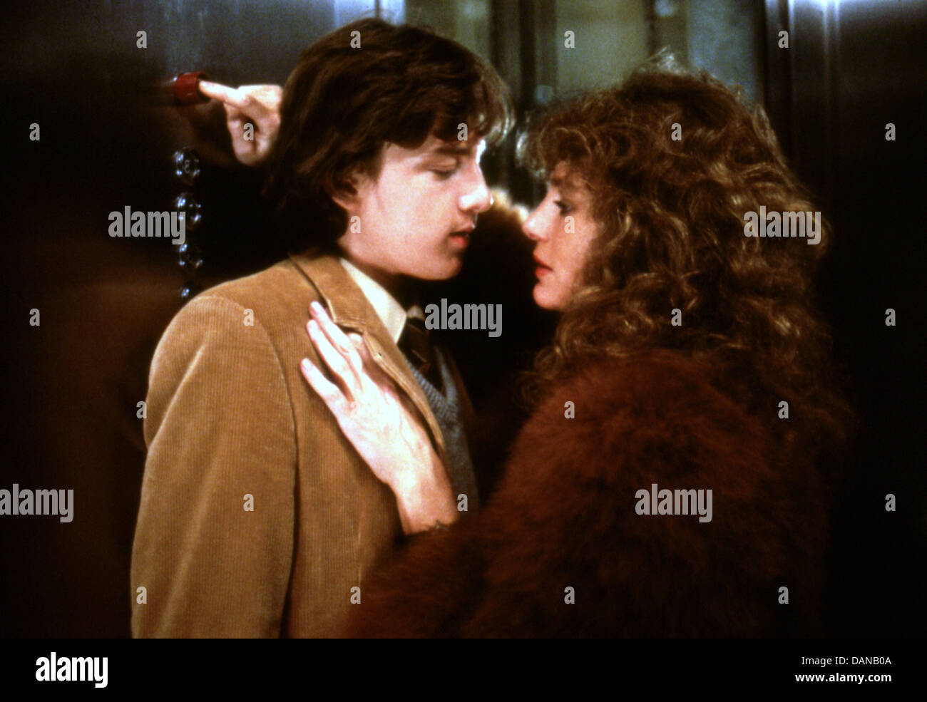 CLASS (1983) ANDREW MCCARTHY, JACQUELINE BISSET, LEWIS JOHN CARLINO (DIR) CLS 005 MOVIESTORE COLLECTION LTD - Stock Image