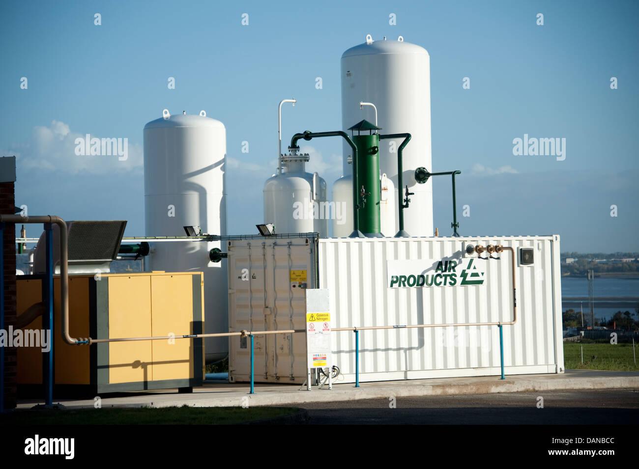 Air Products Compressor Liquid Oxygen Storage Tanks Stock