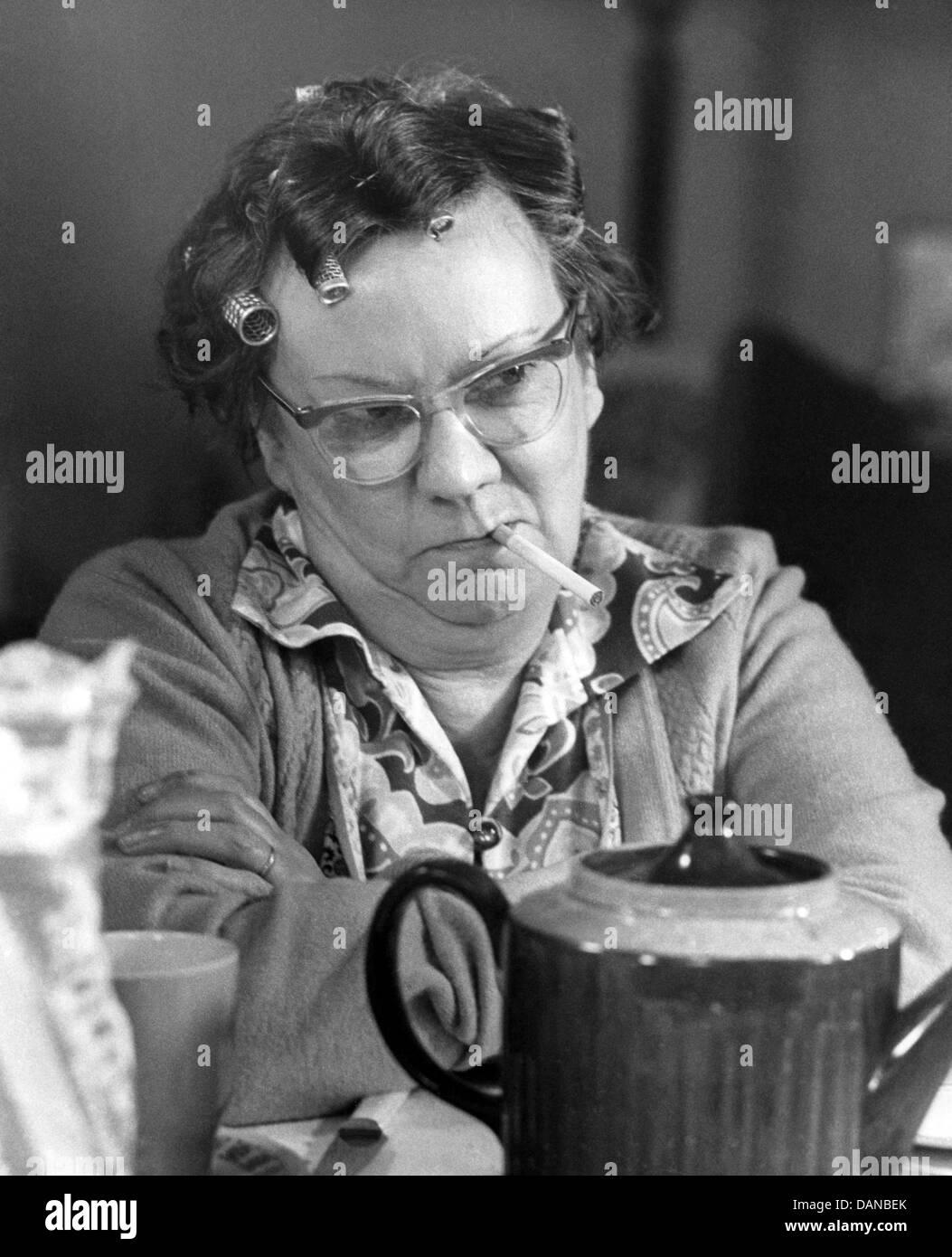 THE ALF GARNETT SAGA (1972) DANDY NICHOLLS, BOB KELLETT (DIR) TAGS 010 MOVIESTORE COLLECTION LTD - Stock Image