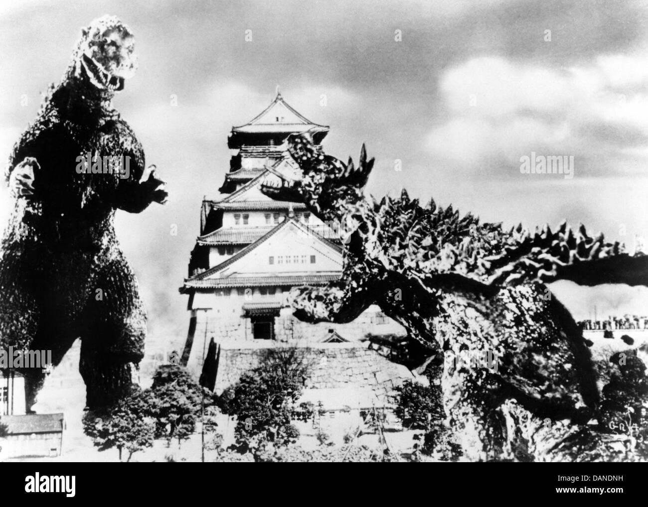 GODZILLA RAIDS AGAIN (1955) GOJIRA NO GYAKUSHU (ALT) GIGANTIS THE FIRE MONSTER (ALT) MOTOYOSHI ODA (DIR) GFM 001 - Stock Image
