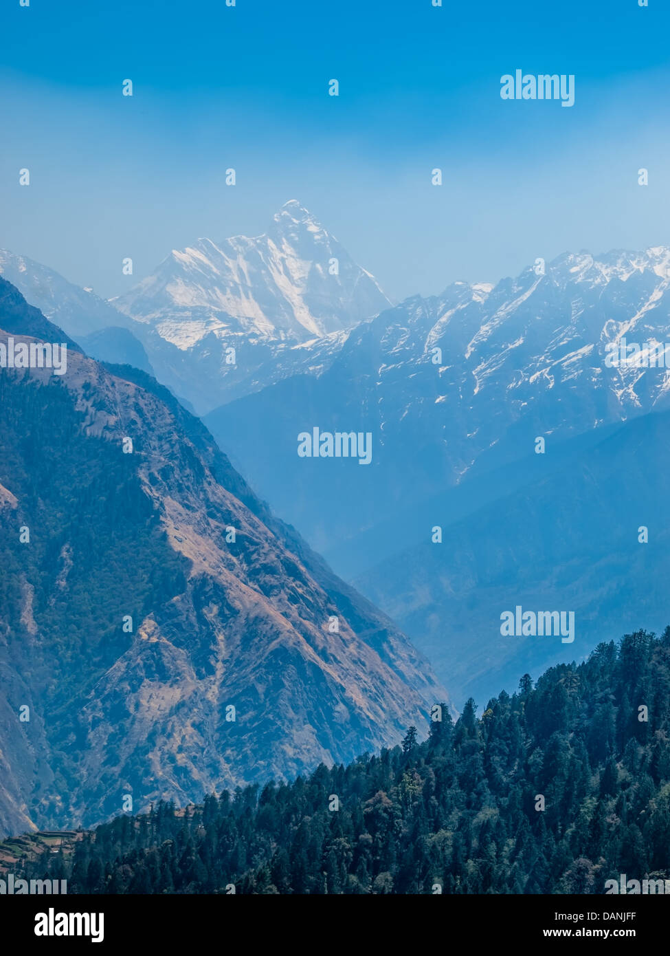 Himalayan landscape in the early morning, India. - Stock Image