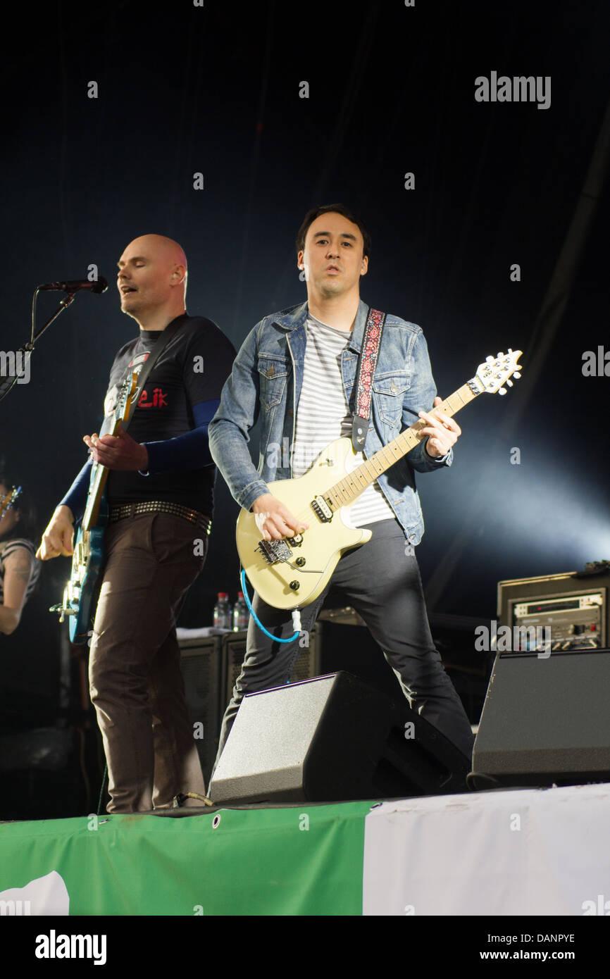 Smashing Pumpkins performing at the Glastonbury Festival 2013. - Stock Image