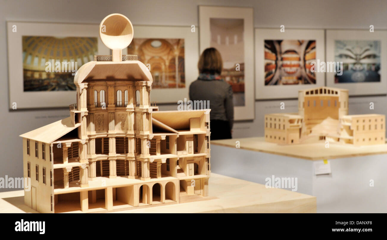 Modernes Mobel Design Geschichte | A Model Of The Court Library In Wolfenbuettel L Sits In The Stock