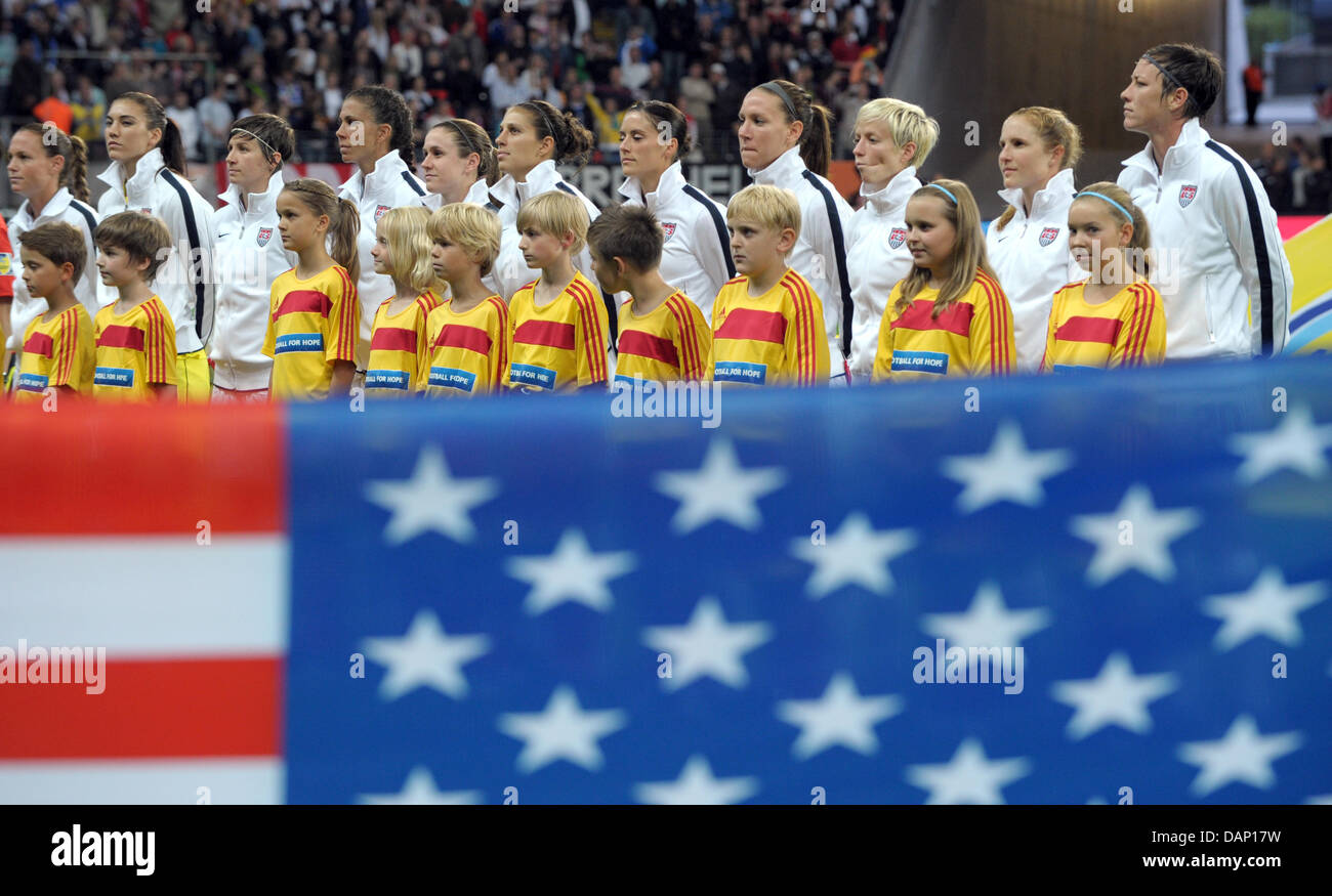 USA's team during the national anthem prior to the FIFA Women's World Cup final soccer match between Japan - Stock Image