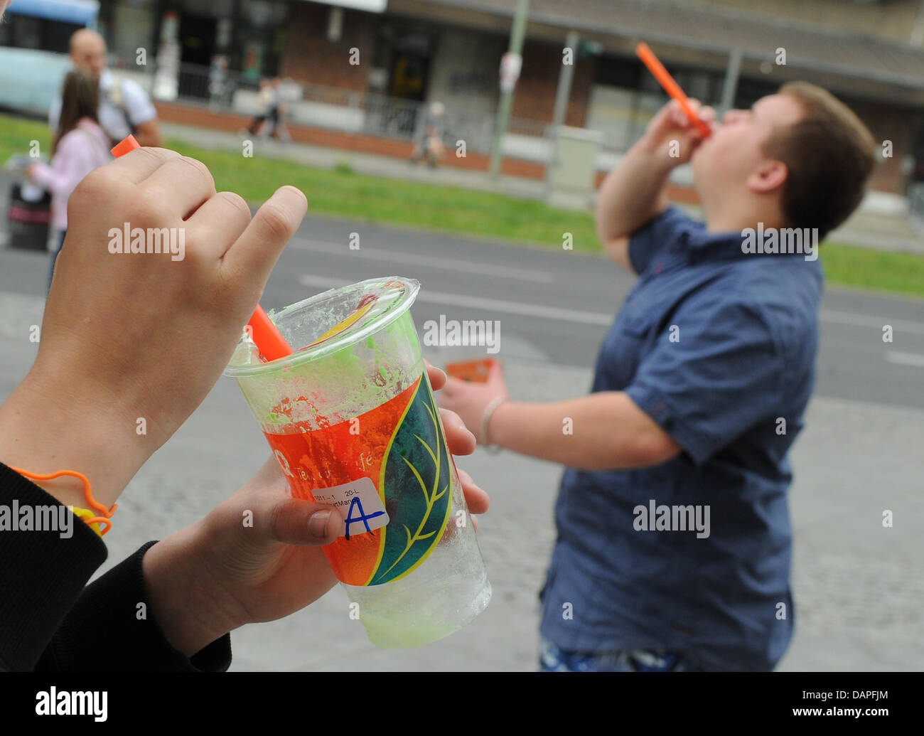 Young People Have Fun With The Latest Cult Drink Bubble Tea Or Bubble Stock Photo Alamy