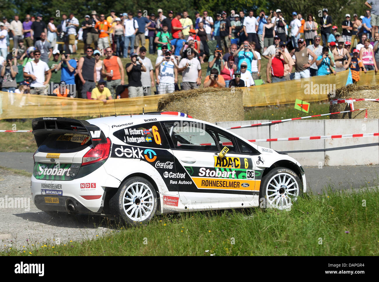 how to become a rally car co driver
