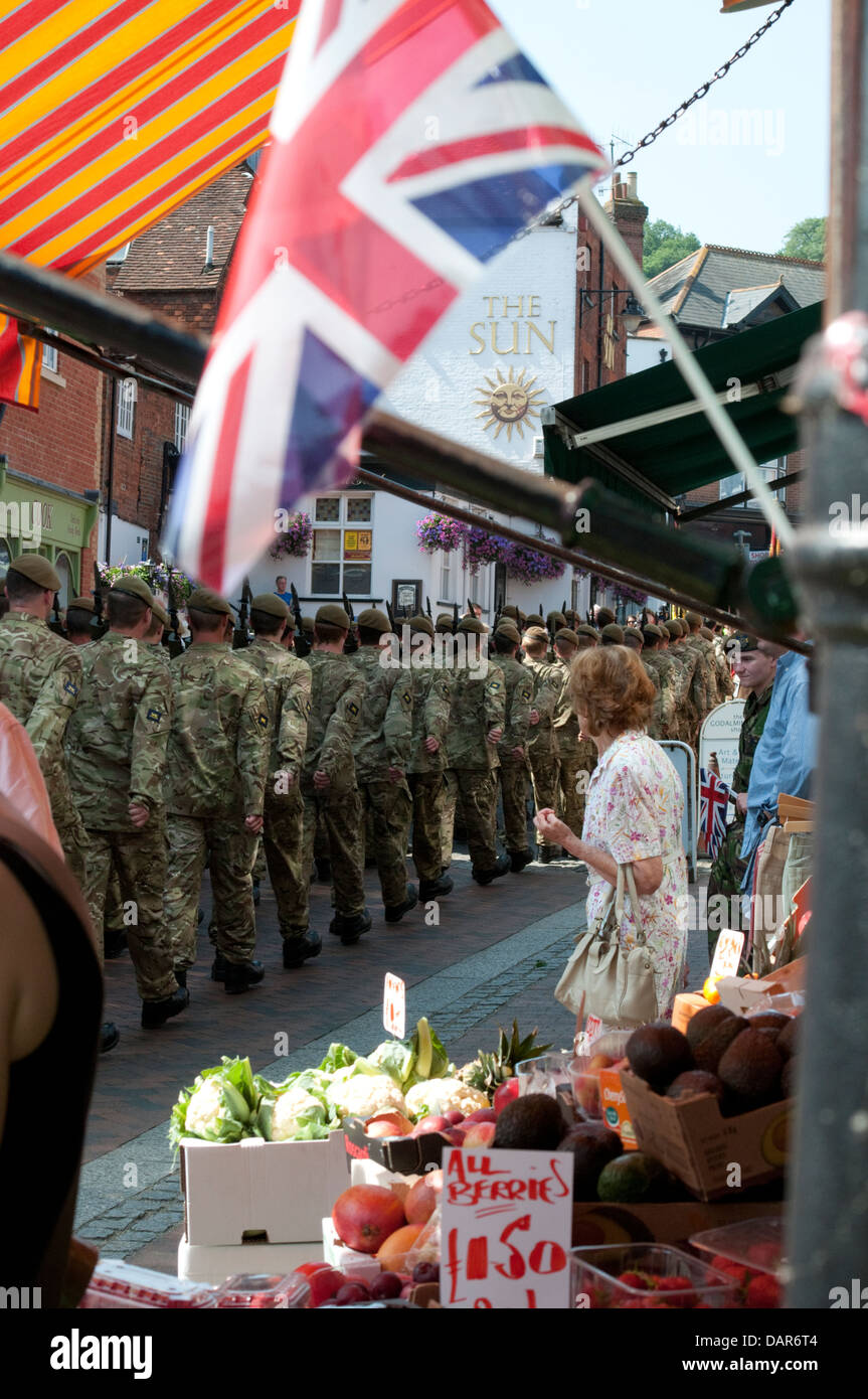 The Princess of Wales`s Royal Regt 3Bn march through Godalming - Stock Image