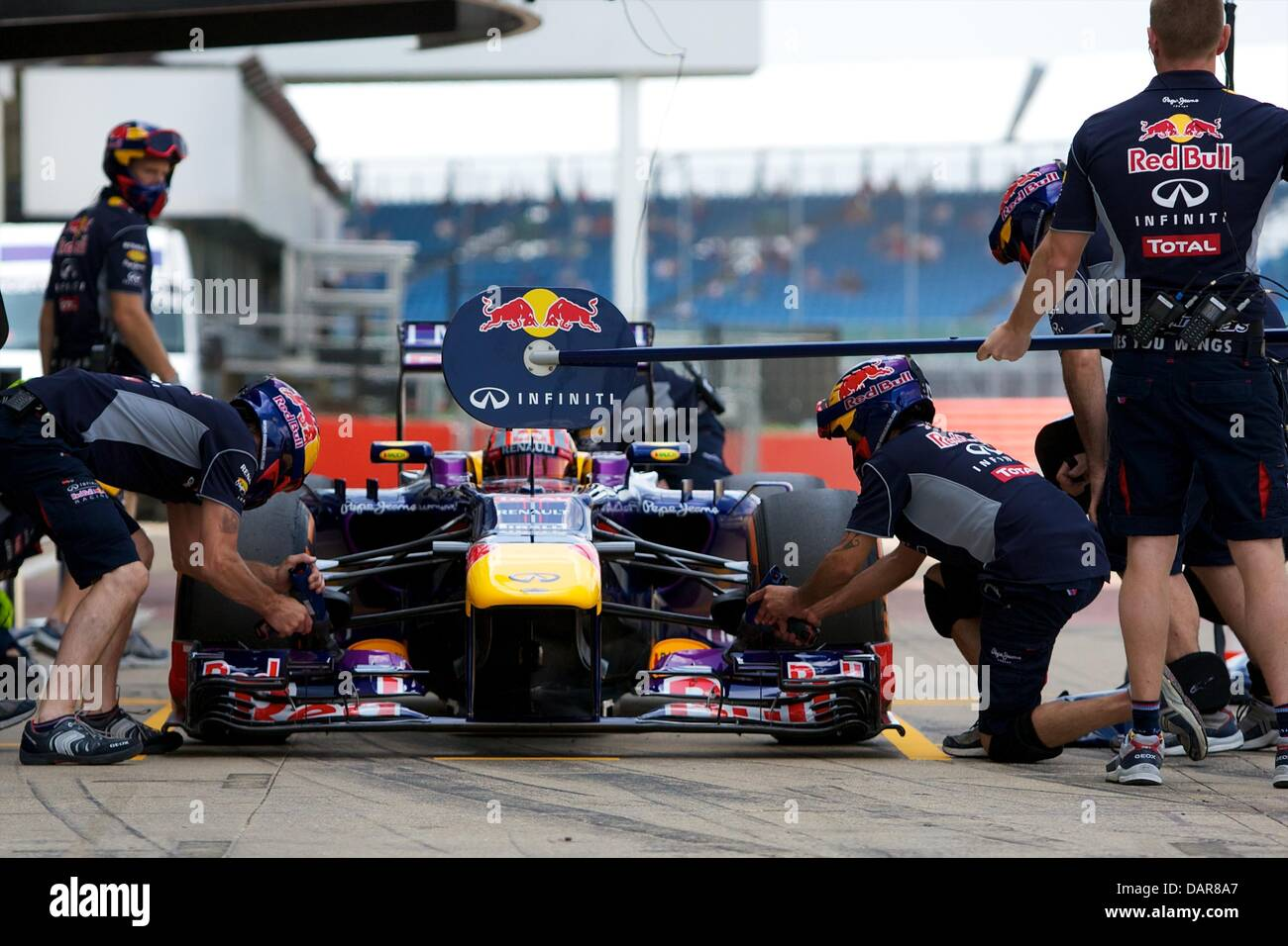 Silverstone, UK. 17th July, 2013. Infiniti Red Bull Racing Red Bull-Renault RB9 driven by Felix Da Costa during Stock Photo