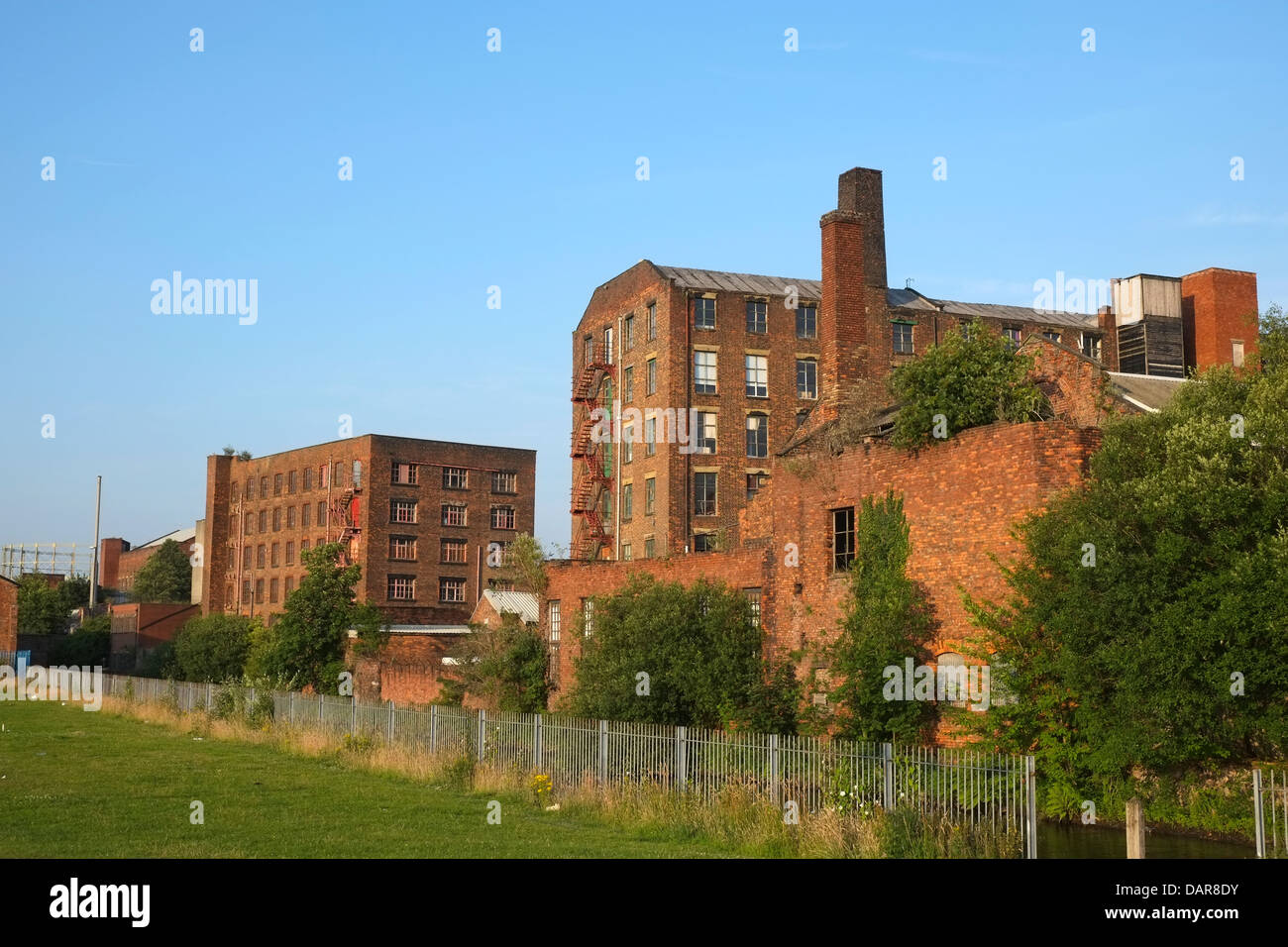 England, Manchester, Islington, derelict mills and warehouses - Stock Image
