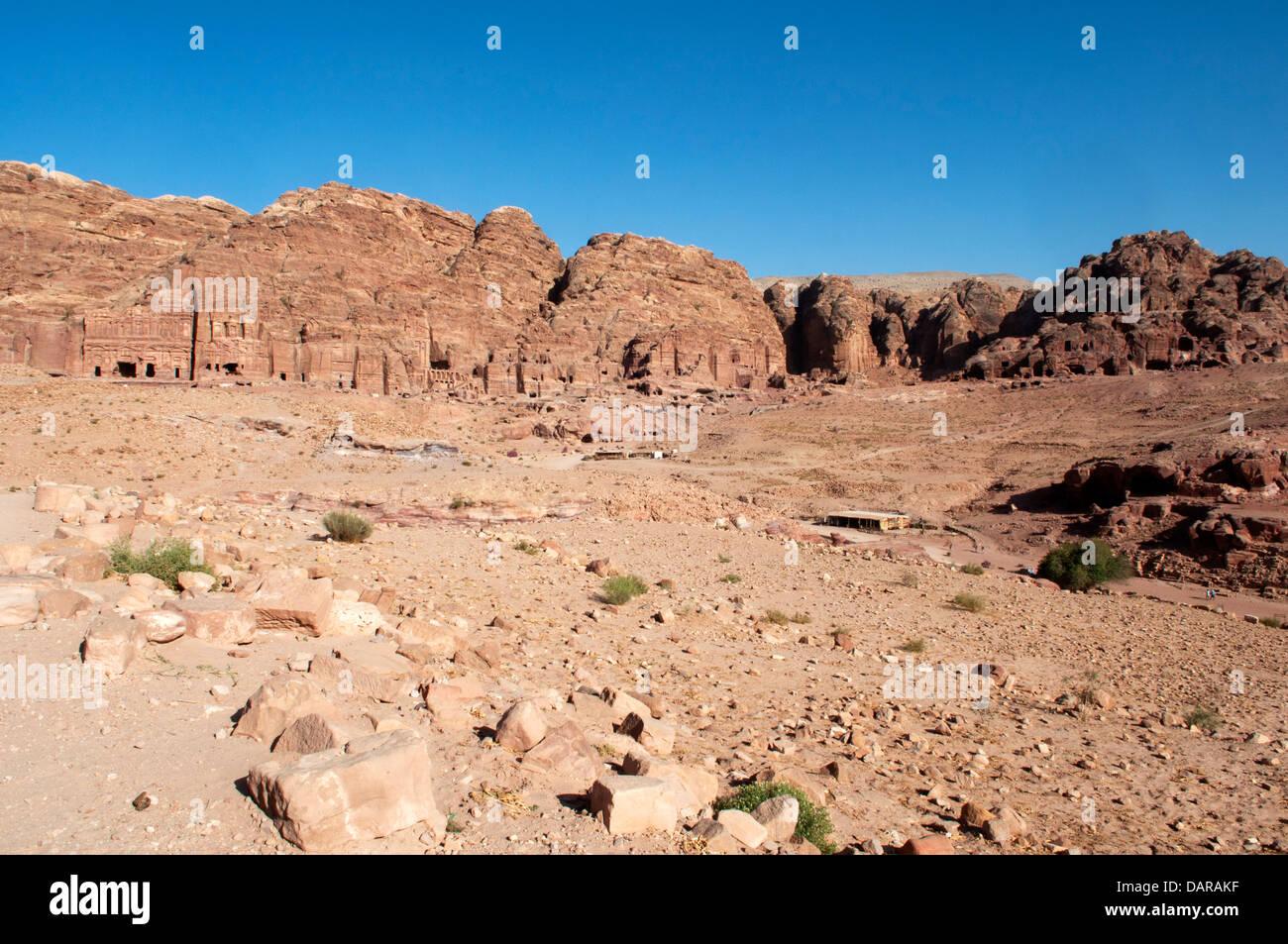 Nabataeans buildings dug in the rock, Petra, Jordan - Stock Image