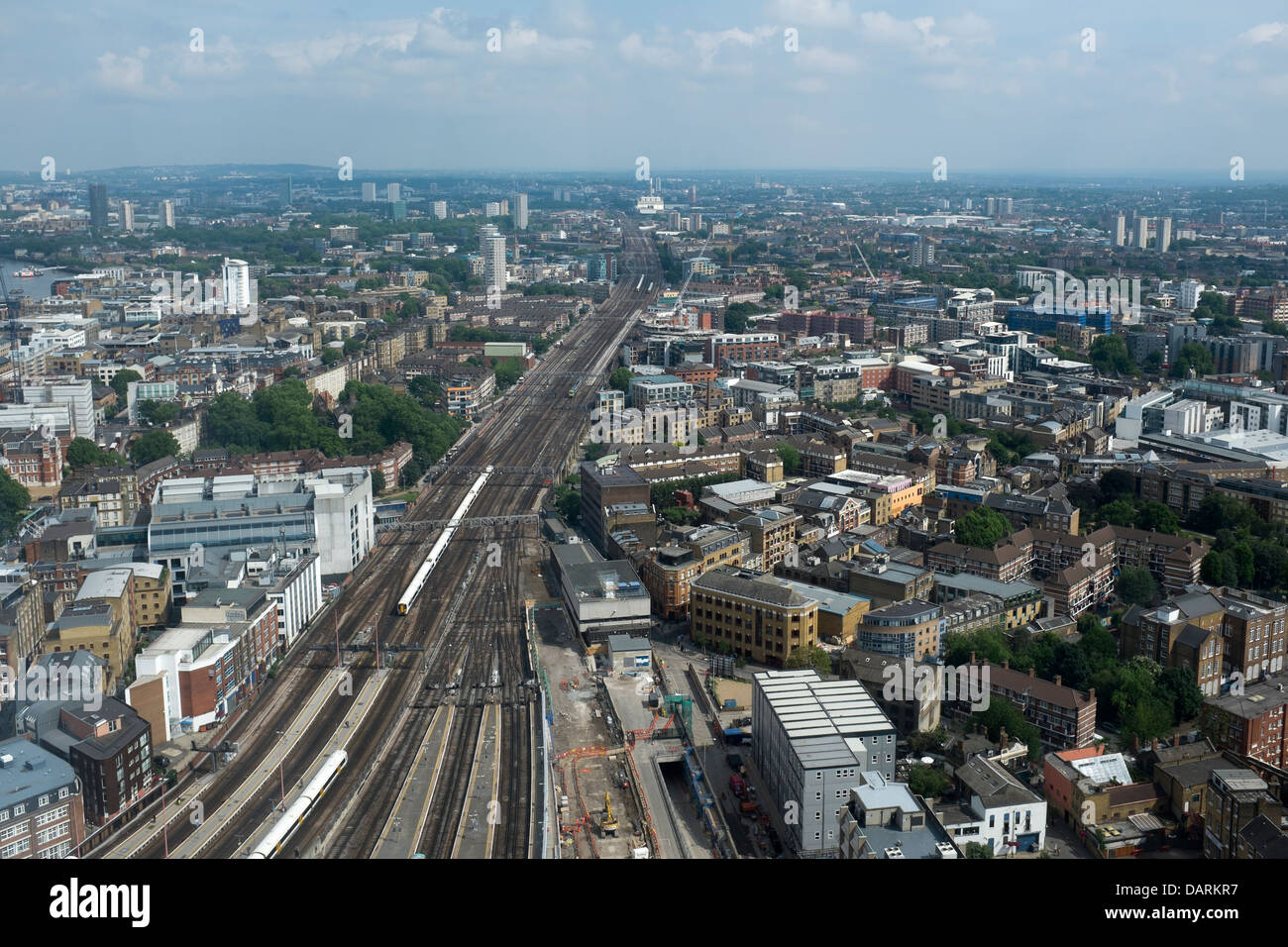 View south east over train lines from the Shard - Stock Image