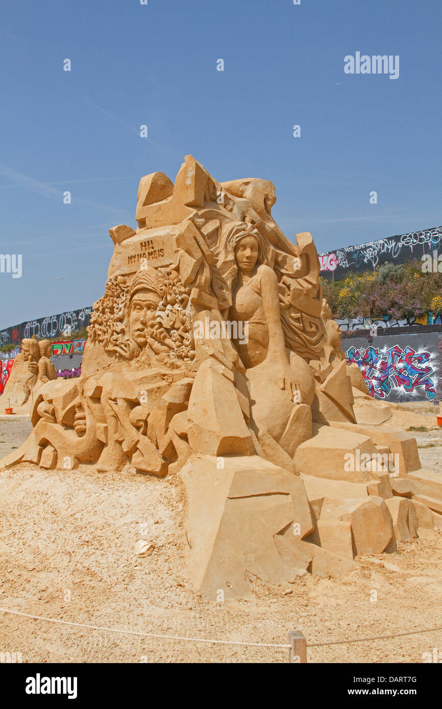 Brighton,UK,17th July 2013, A music sand sculpture in Brighton Credit: Keith Larby/Alamy Live News - Stock Image
